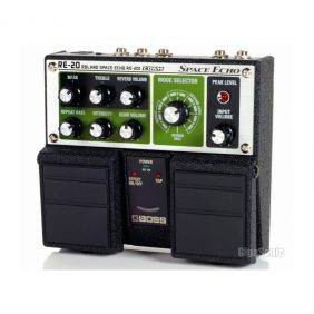 BOSS RE-20 Space Echo Delay Pedal